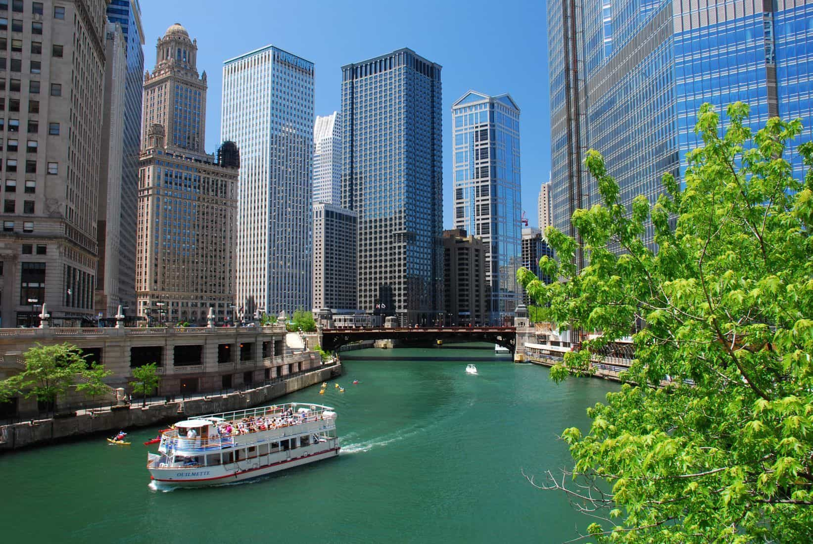"""Chicago's oldest museum presents our newest river cruise: """"Chicago Along the River."""" Our docent shares Chicago's story, including its 6-year transformation from a city without a recognizable landmark to center of world architecture."""