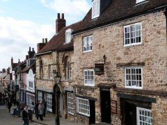 Lincoln, Jews Court, Jews House, High Bridge, Lincoln Cathedral, Minster, England, Brayford Pool, romertid, middelalder, Castle Hill, Magna Carta, Steep Hill, Bailgate, early british gothic